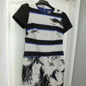 Vince Camuto Size 4 Dress - - Black, White & Blue